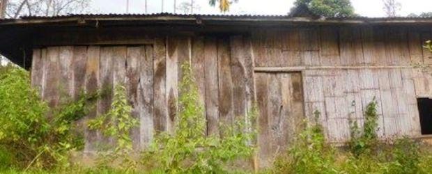 Kantor Desa Liang Bua, Kecamatan Rahong Utara, Manggarai yang mubashir. (Ardy Abba/Floresa)