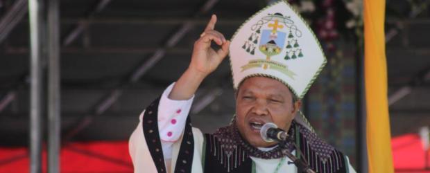 Uskup Ruteng Mgr Huber Leteng Pr (Foto: katerdralruteng.com)