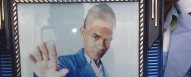 Yosten Illu, Mahasiswa Universitas Tribuana, Kalabahi, Alor yang dibunuh orang tak dikenal pada Kamis malam (15/1/2015)