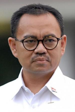 Menteri ESDM Suriman Said