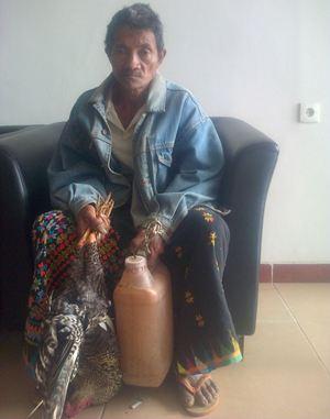 Titus Tembo, warga asal Kampung Gumbang, Cibal. (Foto: Ardy Abba/Floresa)