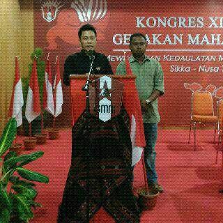 Chrishman Damanik (kiri) dari GMNI Cabang Purwokerto terpilih sebagai Ketua Umum dan Pius Bria dari GMNI Cabang Kupang sebagai Sekjen GMNI periode 2015-2017